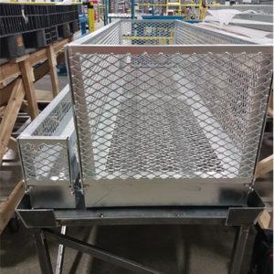 Boîte de manutention - panneaux métallique grandes dimensions